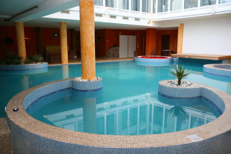 Saaremaa, Kuressaare, Grand Rose Spa, bassein