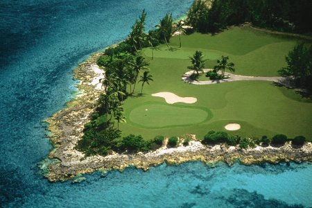 Bahama, mereäärne golfiväljak